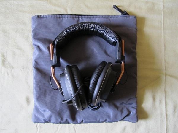 Fostex-T50RP-Studio-Headphone-With-GoodCan-Protective-Case-Audiopolitan