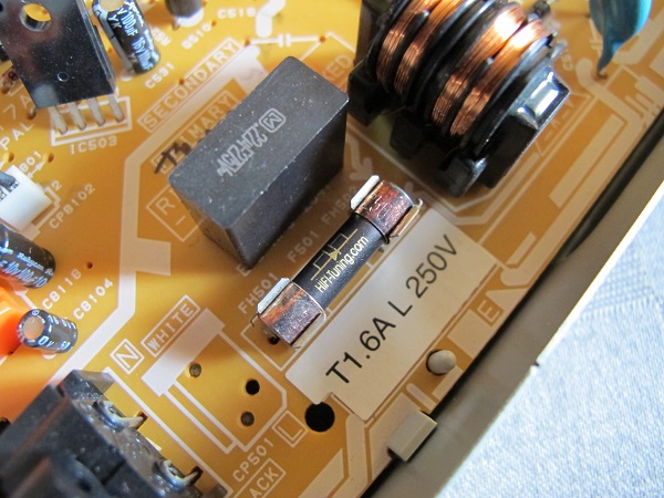 Pioneer-DV-610AV-DVD-Player-With-A-HiFi-Tuning-Supreme-Silver-Fuse-Audiopolitan