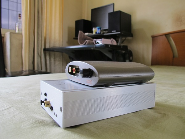 Acoustic-Fun-Pocket-DAC-Along-With-A-Musical-Fidelity-V-LINK-II-Audiopolitan