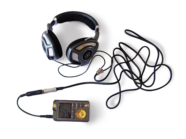 Sennheiser-HD700-Headphones-Paired-With-The-Lotoo-PAW-Gold-DAP-Audiopolitan